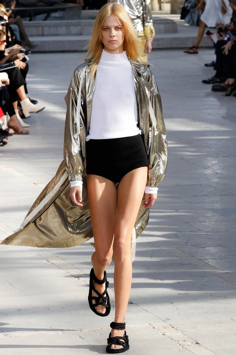 Isabel Marant Ready To Wear SS 2016 PFW (3)