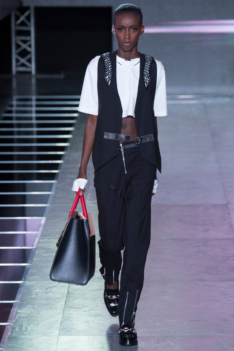 Louis Vuitton Ready To Wear SS 2016 PFW  (17)