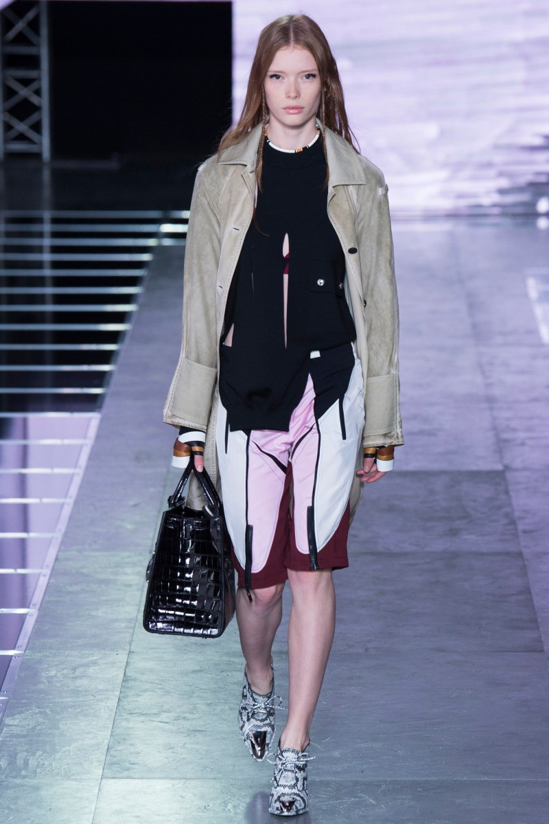 Louis Vuitton Ready To Wear SS 2016 PFW  (29)