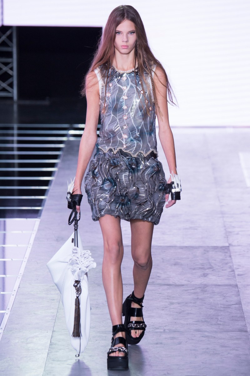 Louis Vuitton Ready To Wear SS 2016 PFW  (46)