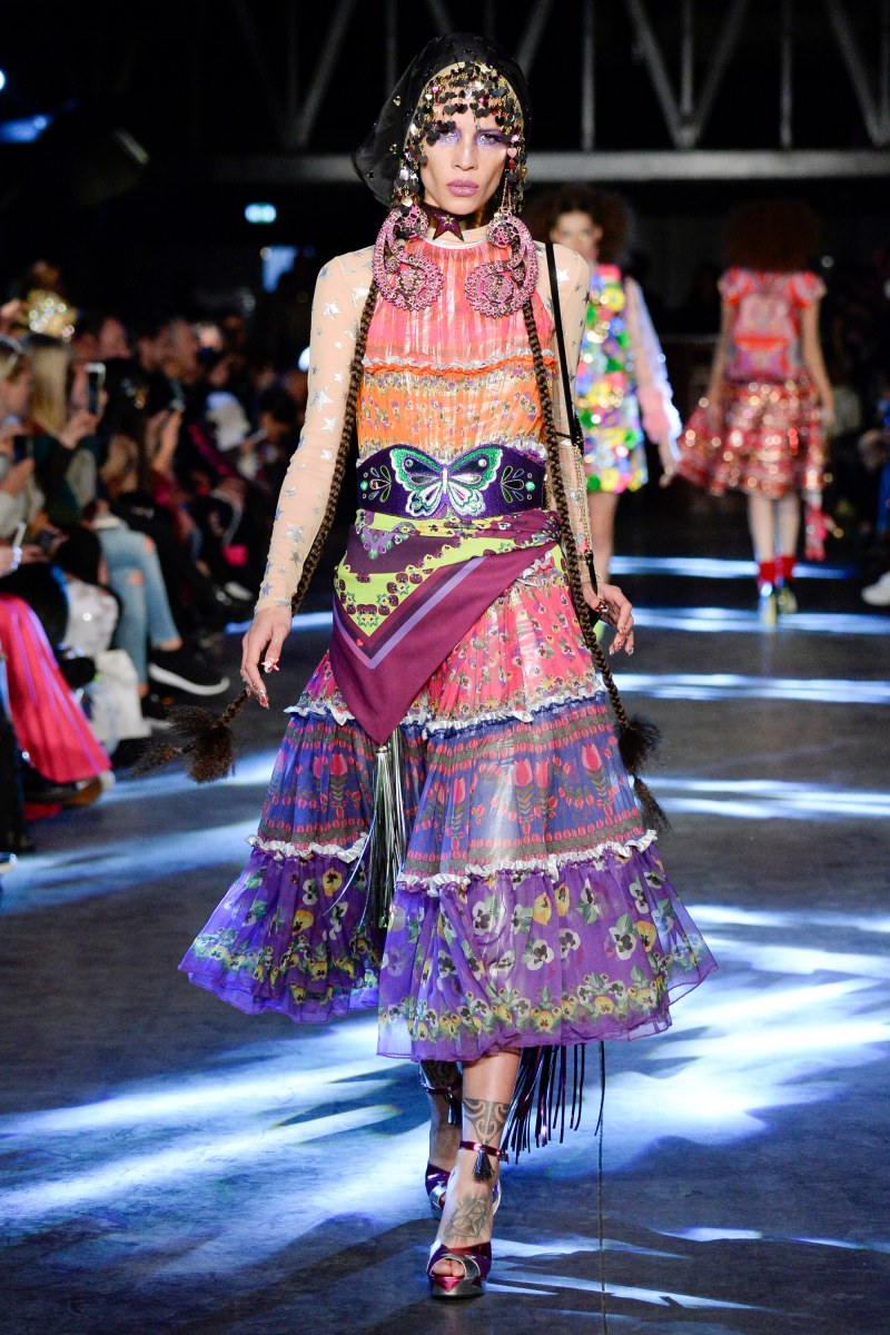 Manish Arora Ready To Wear SS 2016 PFW (17)