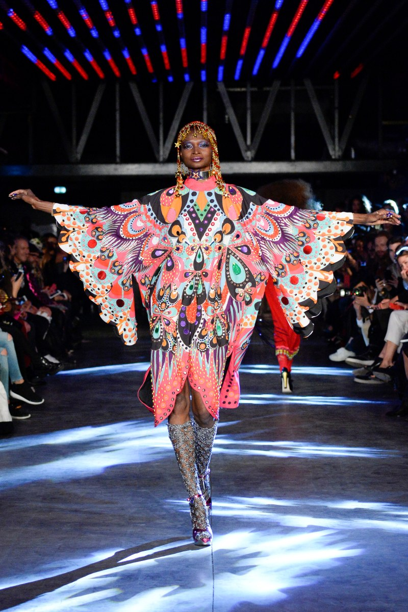 Manish Arora Ready To Wear SS 2016 PFW (22)