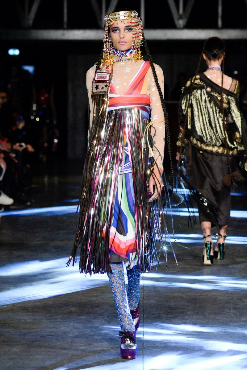 Manish Arora Ready To Wear SS 2016 PFW (39)
