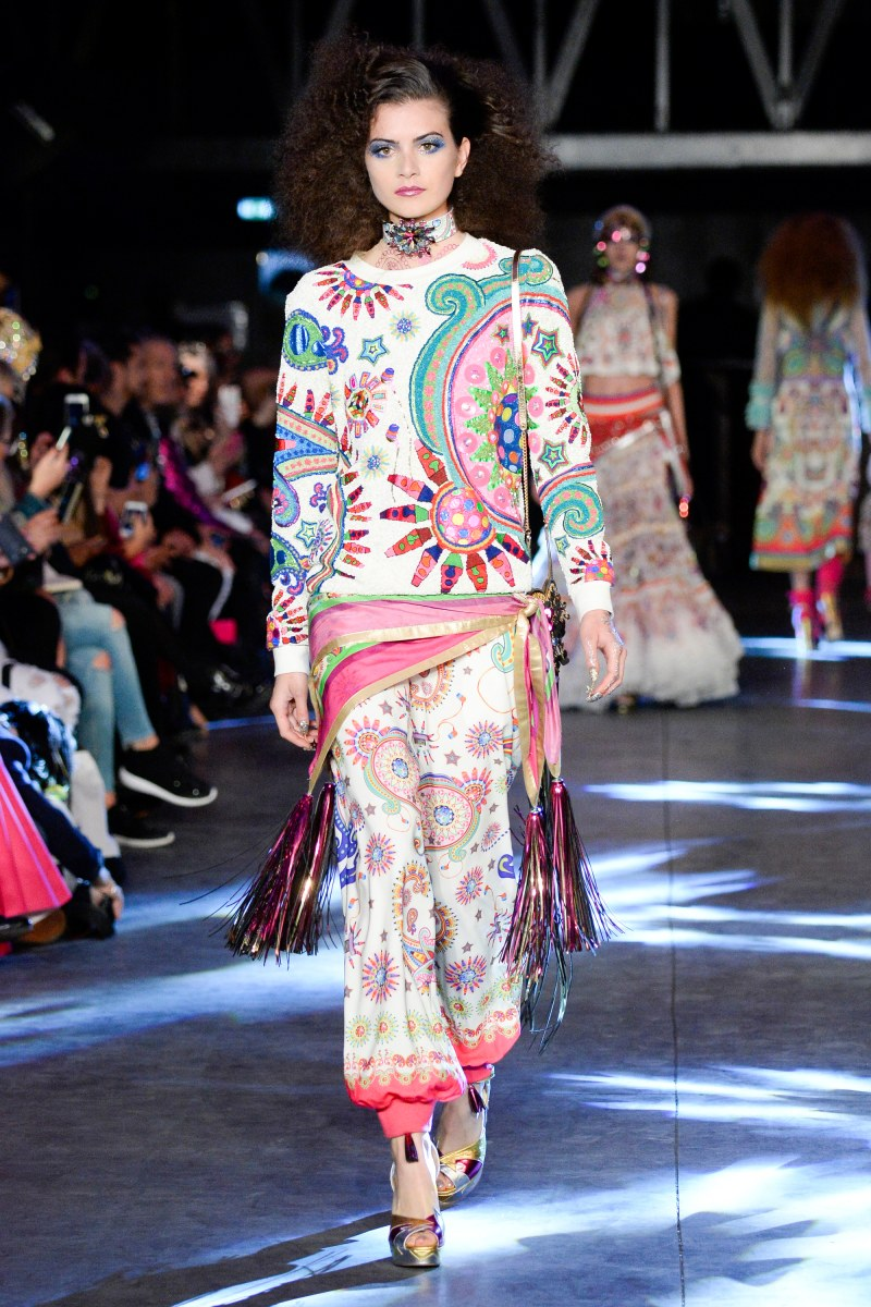 Manish Arora Ready To Wear SS 2016 PFW (9)
