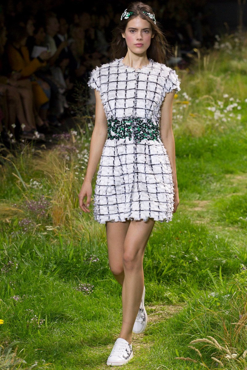 Moncler Gamme Rouge Ready To Wear SS 2016 PFW (22)