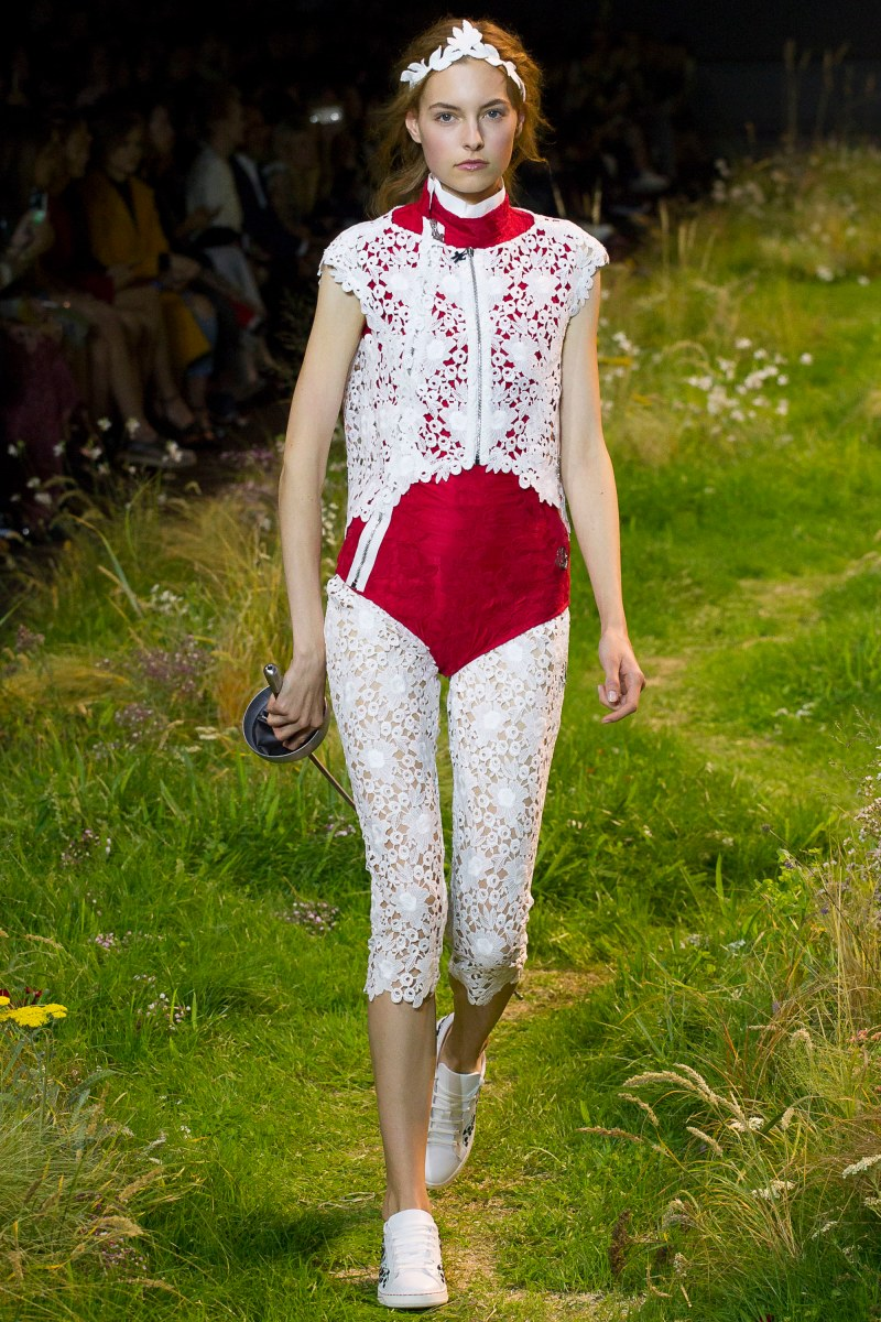 Moncler Gamme Rouge Ready To Wear SS 2016 PFW (33)