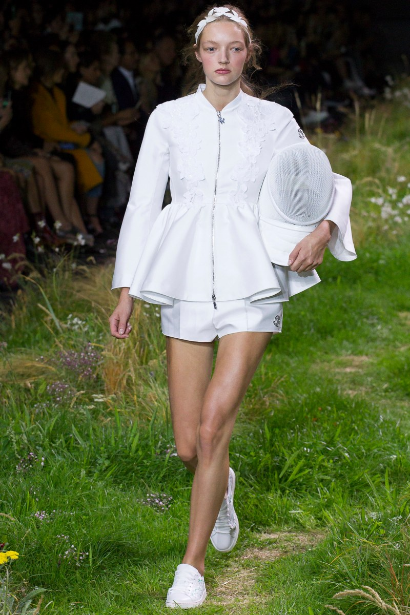 Moncler Gamme Rouge Ready To Wear SS 2016 PFW (7)