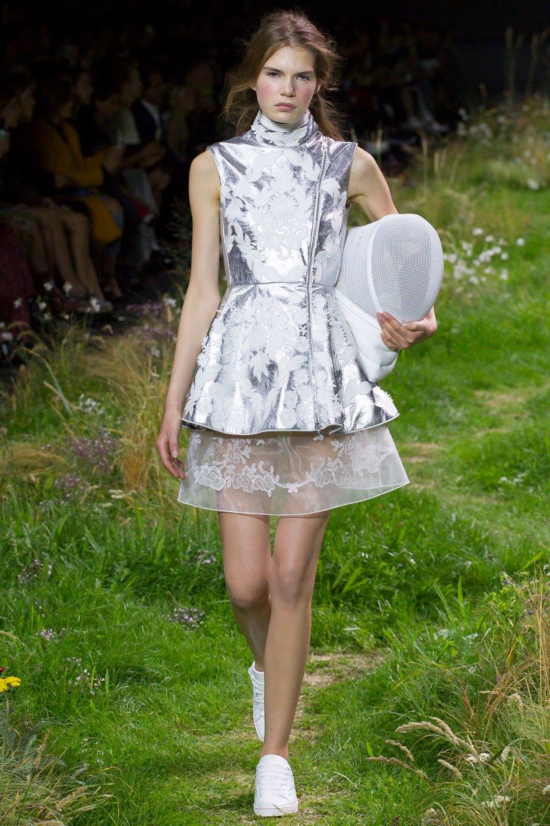 Moncler Gamme Rouge Ready To Wear SS 2016 PFW (8)