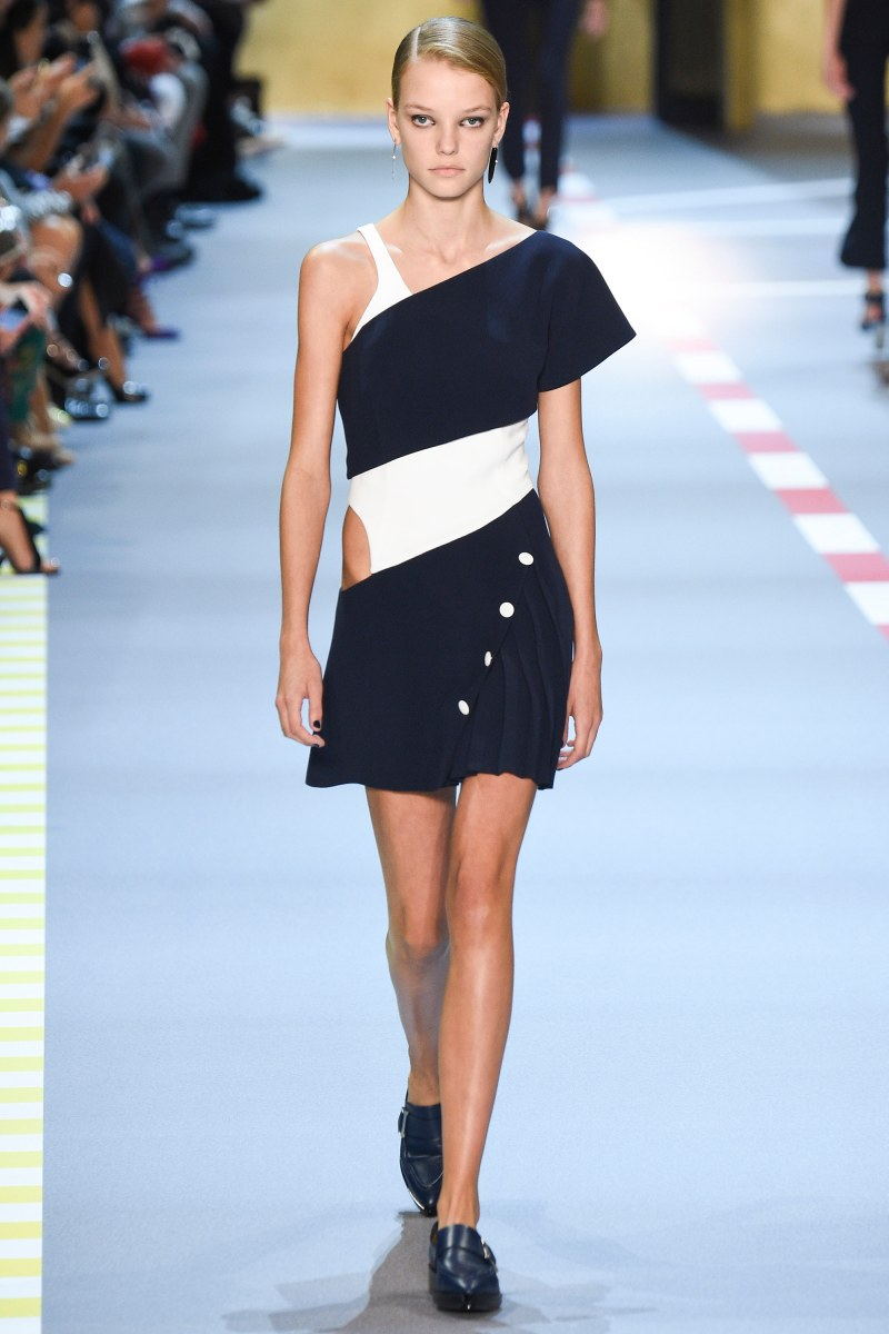 Mugler Ready To Wear SS 2016 PFW (4)