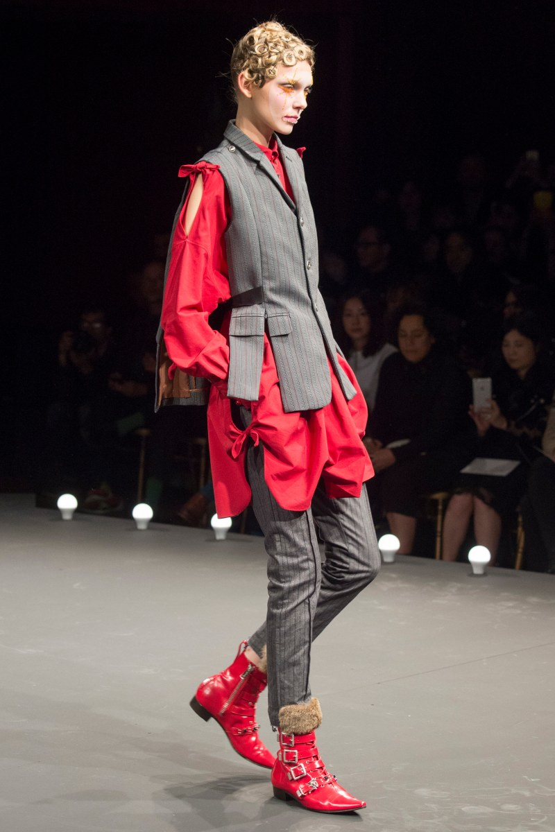 Undercover Ready To Wear SS 2016 PFW (31)