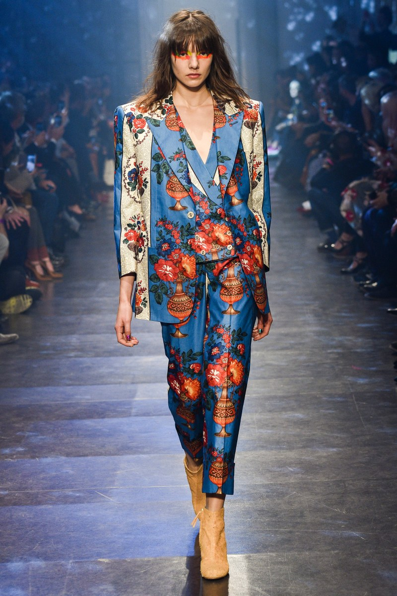 Vivienne Westwood Ready To Wear SS 2016 PFW (38)