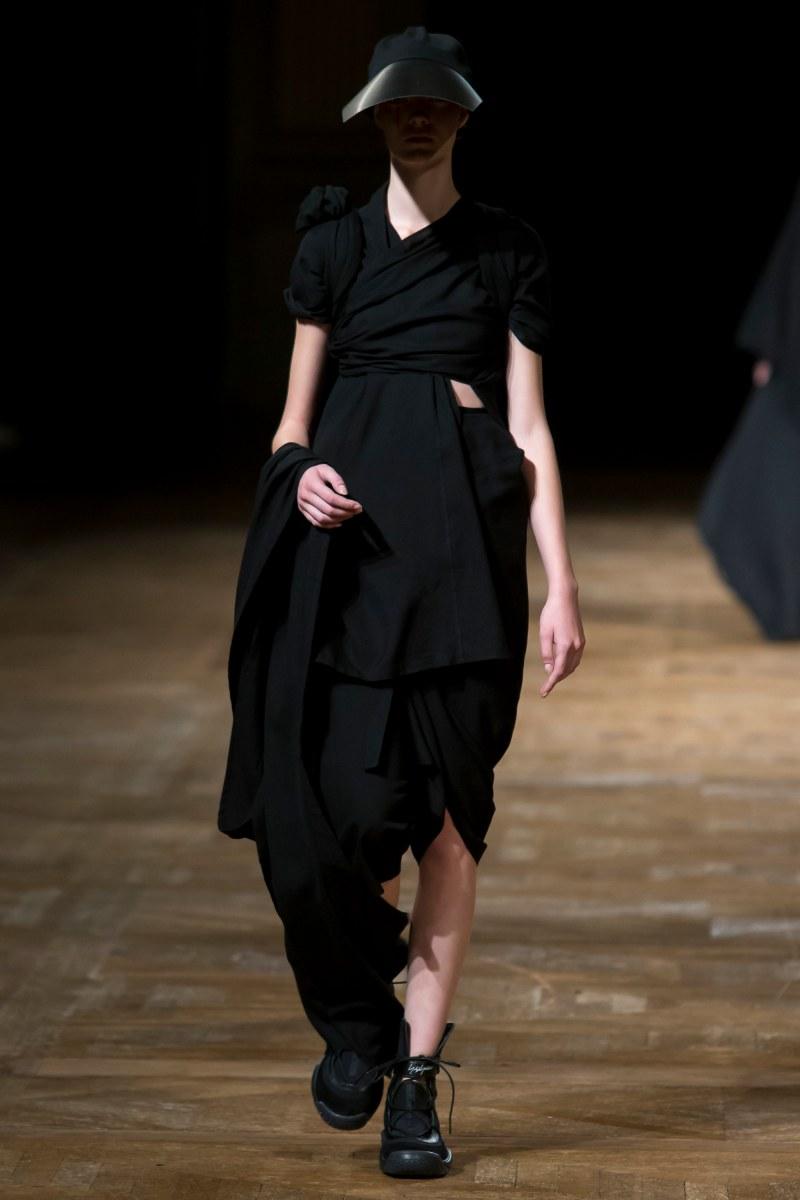 Yohji Yamamoto Ready To Wear SS 2016 PFW (31)