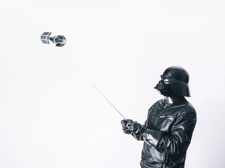 Darth Vader in Everyday Life (4)