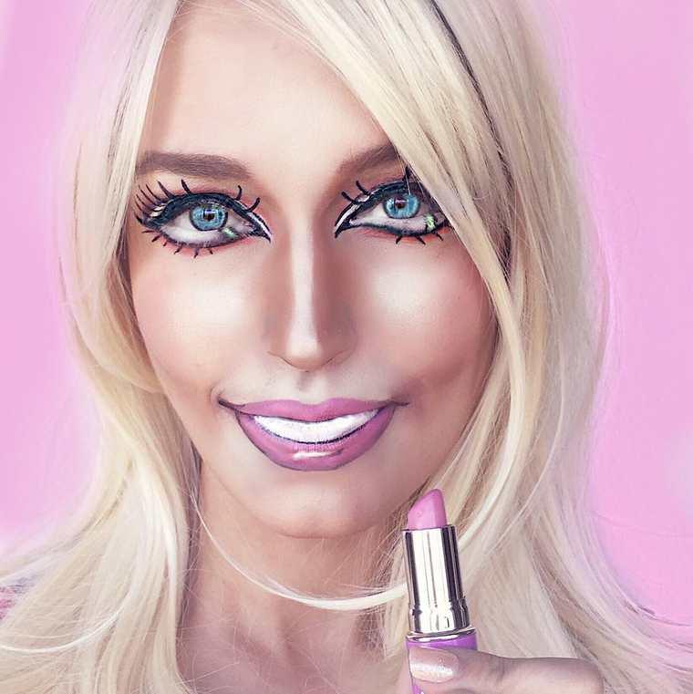 Extreme Pop Culture Makeup (3)