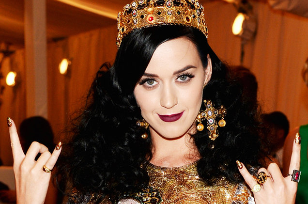 katy-perry-met-gala-2014-billboard-650