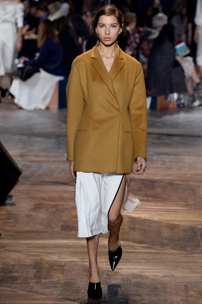 Christian Dior Haute Couture SS 2016 Paris (14)