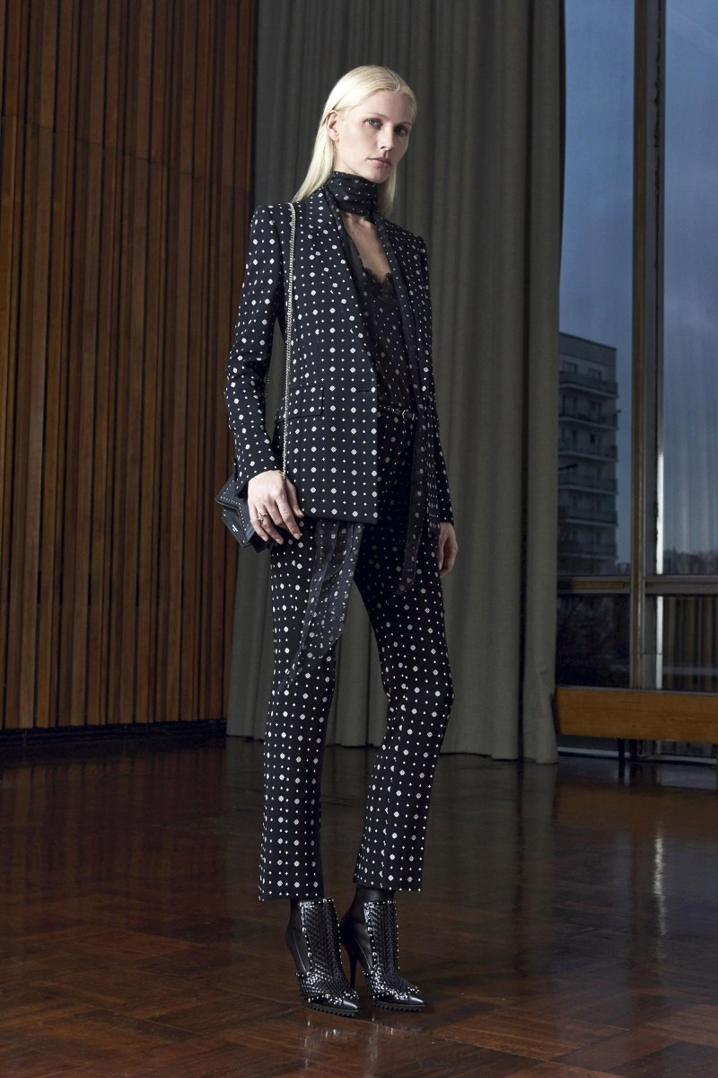 Givenchy Pre-Fall 2016 Lookbook (10)