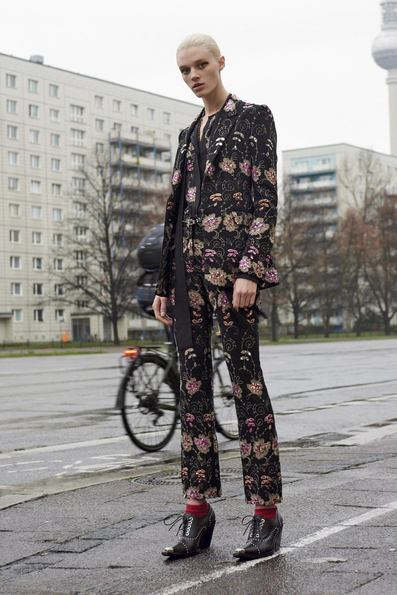 Givenchy Pre-Fall 2016 Lookbook (5)