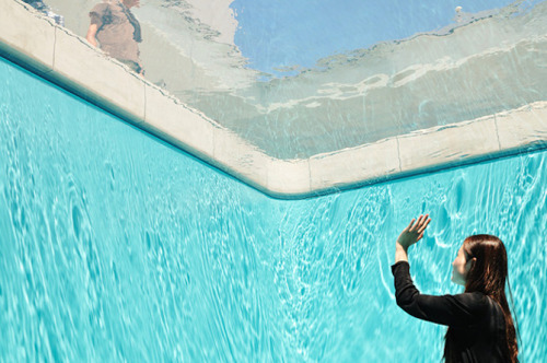 Swimming Pool by Leandro Erlich (1)