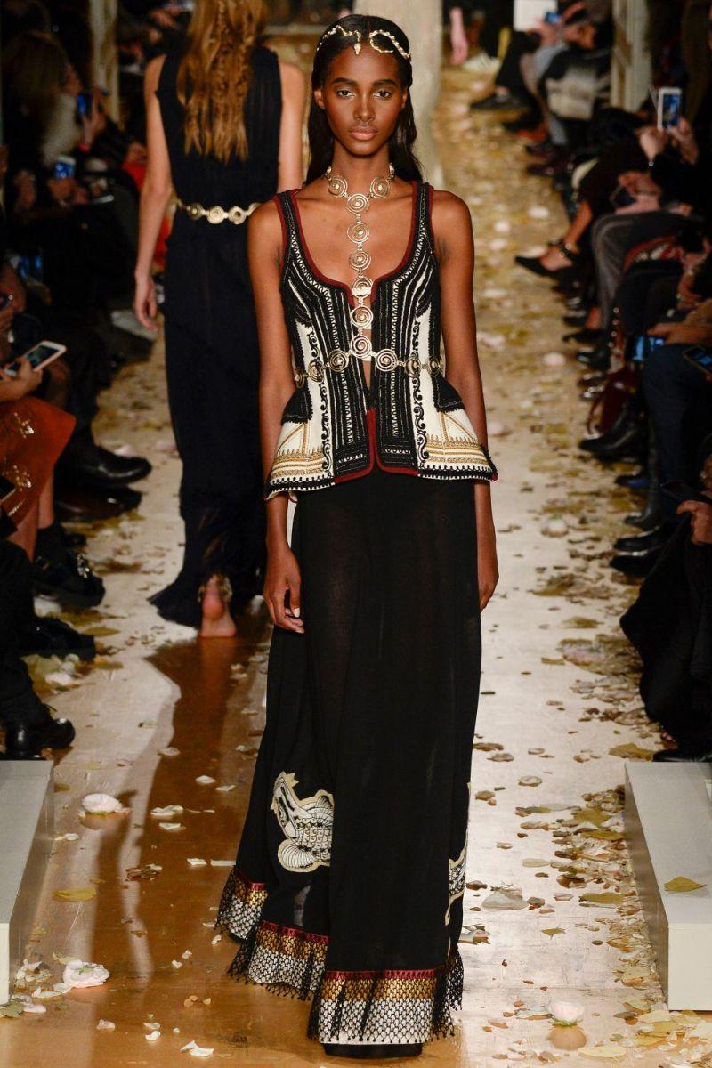 Valentino Haute Couture SS 2016 Paris (49)