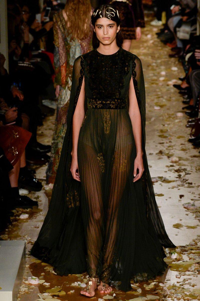 Valentino Haute Couture SS 2016 Paris (7)