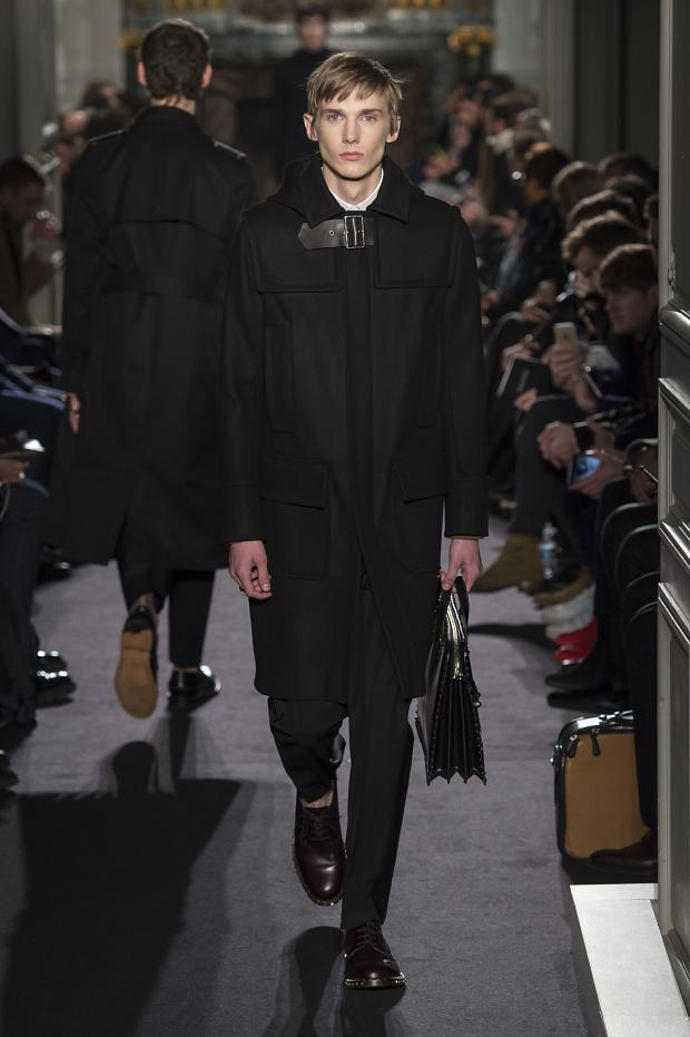 Valentino Menswear FW 2016 Paris (36)