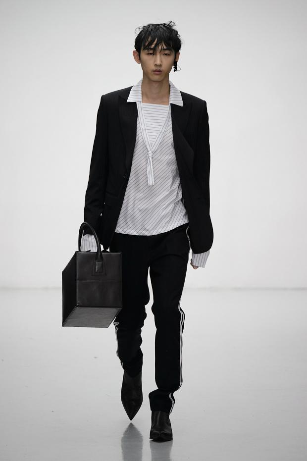 Xander Zhou Menswear FW 2016 London (21)