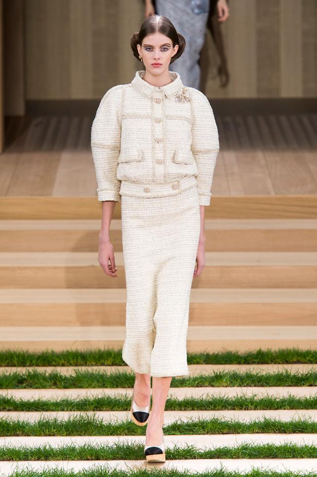 chanel-haute-couture-spring-2016-pfw10