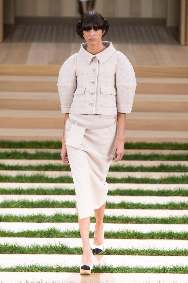 chanel-haute-couture-spring-2016-pfw7