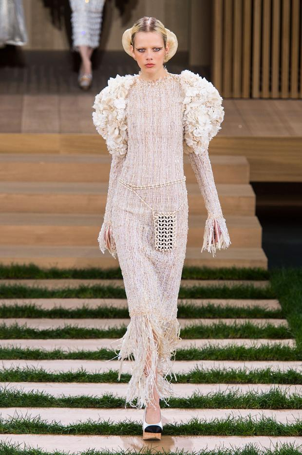 chanel-haute-couture-spring-2016-pfw78