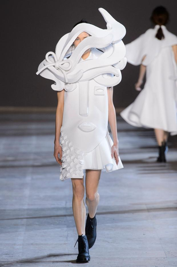 viktorrolf-haute-couture-spring-2016-pfw14
