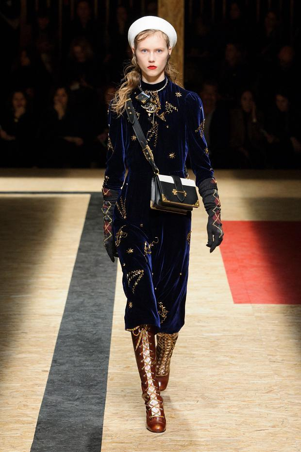 Prada Autumn Ready to Wear FW 2016 MFW (41)