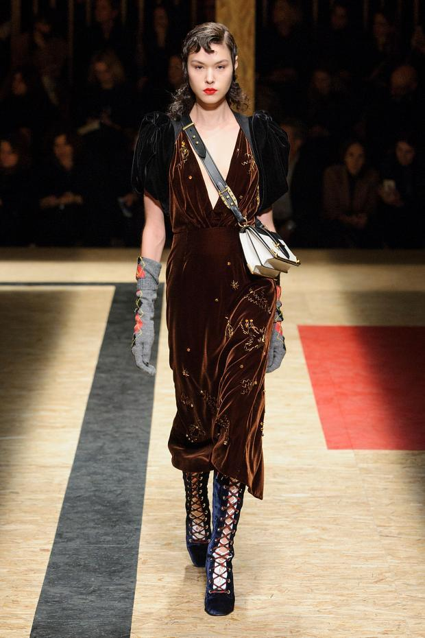 Prada Autumn Ready to Wear FW 2016 MFW (42)