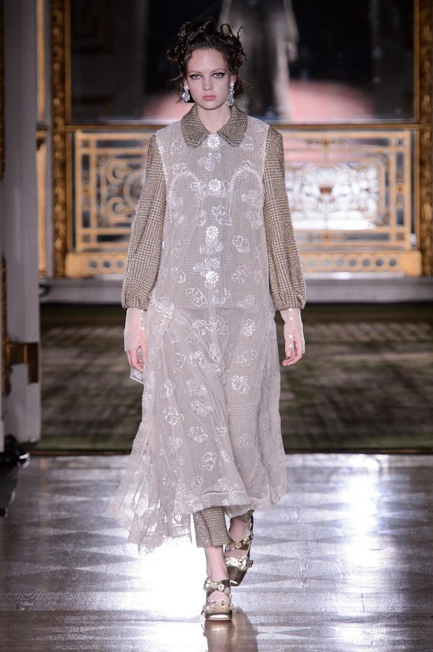 simone-rocha-autumn-fall-winter-2016-lfw2