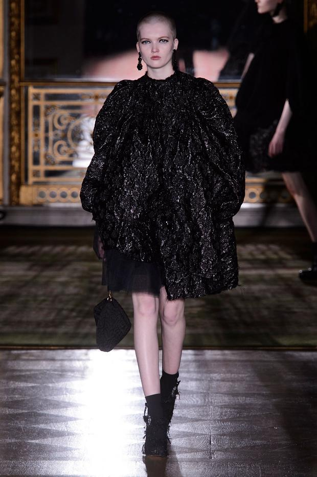 simone-rocha-autumn-fall-winter-2016-lfw38