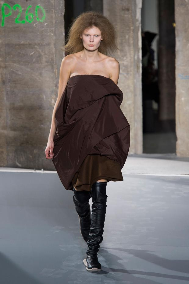 030316rick-owens-autumn-fall-winter-2016-pfw34