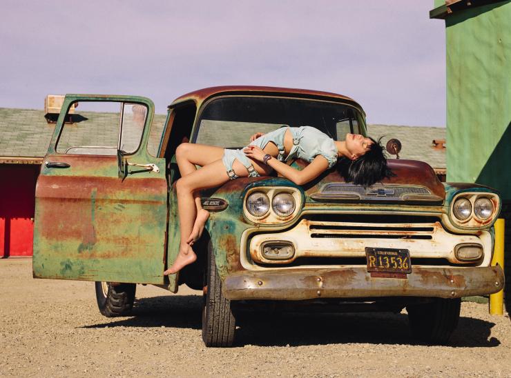 Bella Hadid by Sam Taylor-Johnson (3)