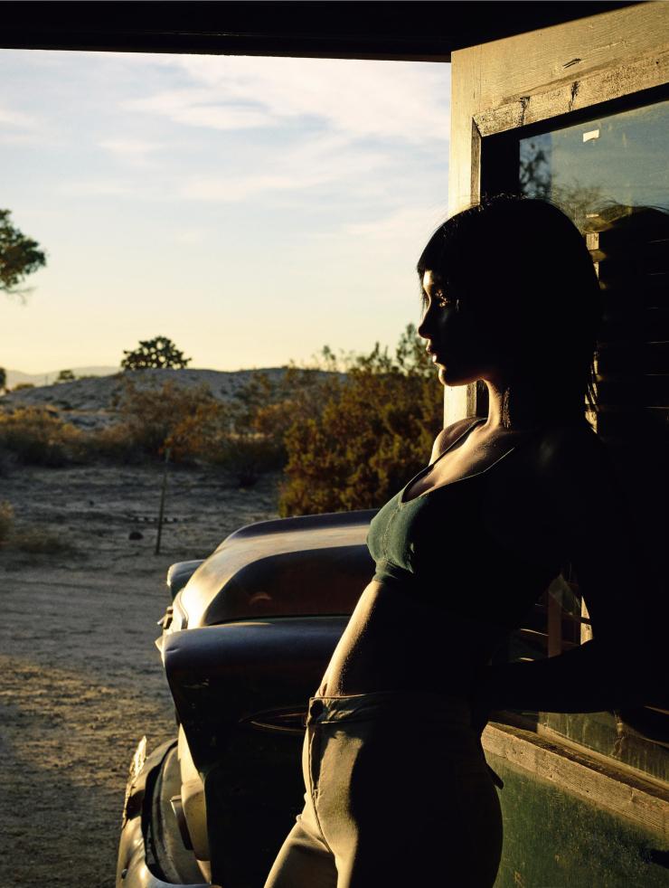 Bella Hadid by Sam Taylor-Johnson (7)