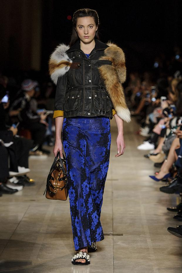 miu-miu-autumn-fall-winter-2016-pfw37