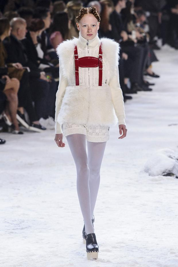 moncler-gamme-rouge-autumn-fall-winter-2016-pfw15