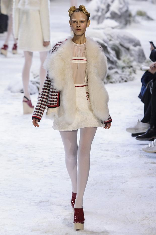 moncler-gamme-rouge-autumn-fall-winter-2016-pfw19