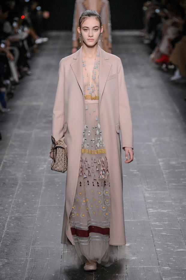 valentino-autumn-fall-winter-2016-pfw23