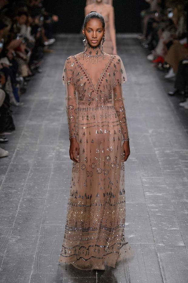 valentino-autumn-fall-winter-2016-pfw76