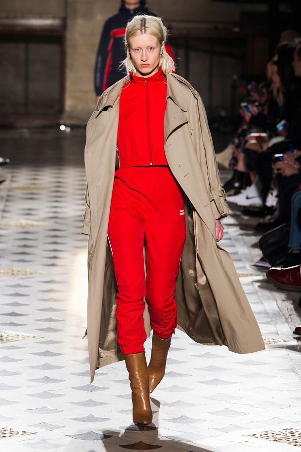 vetements-autumn-fall-winter-2016-pfw47