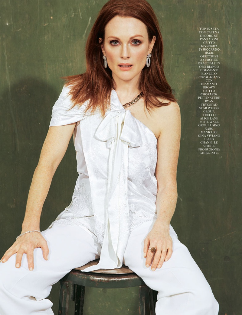Julianne Moore by David Roemer (4)