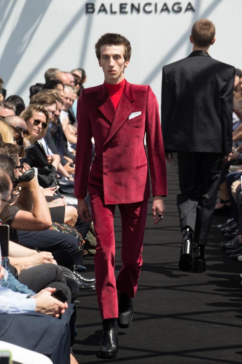 Balenciaga Menswear SS 2017 Paris (25)