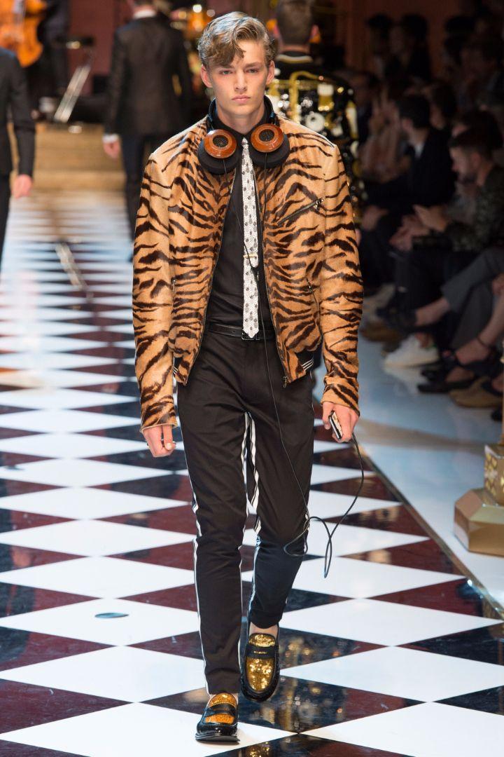Dolce & Gabbana Menswear SS 2017 Milan (90)