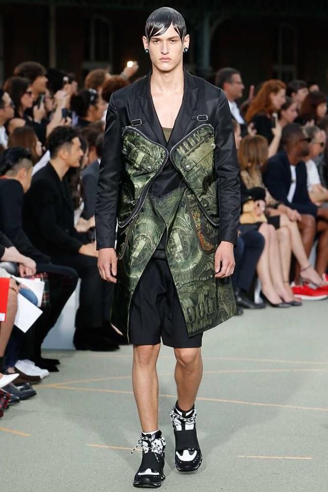 Givenchy Menswear SS 2017 Paris (2)