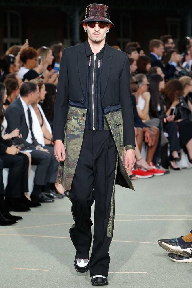 Givenchy Menswear SS 2017 Paris (24)