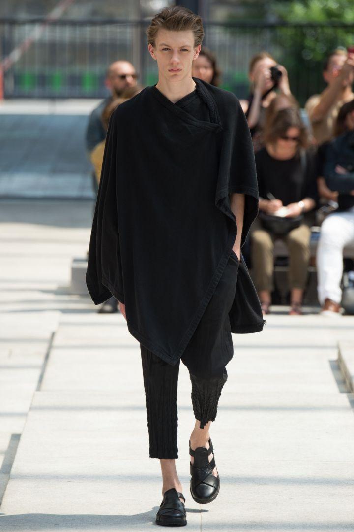 Issey Miyake Menswear SS 2017 Paris (7)